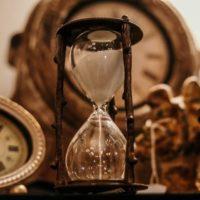 配偶者居住権の存続期間は決められる?満了後の更新の可否も解説